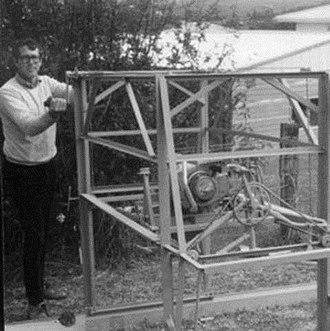 Swingblade sawmill - Carl Peterson's first 1987 prototype swingblade sawmill