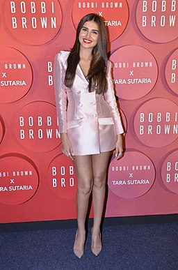Tara Sutaria for Bobbi-Brown makeup