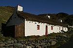 Thatched cottages, Niarbyl - geograph.org.uk - 1000591.jpg