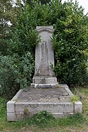 Tomb of Marthe and William Goscombe John in Hampstead Cemetery.jpg