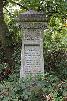 Tomb of William Randal Cremer, Hampstead Cemetery.jpg