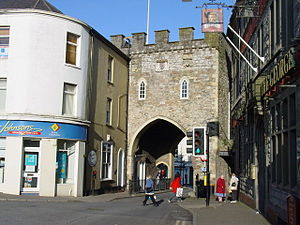 Chepstow - Chepstow Town Gate, originally dating from the late 13th century, rebuilt in the 16th century and later restored