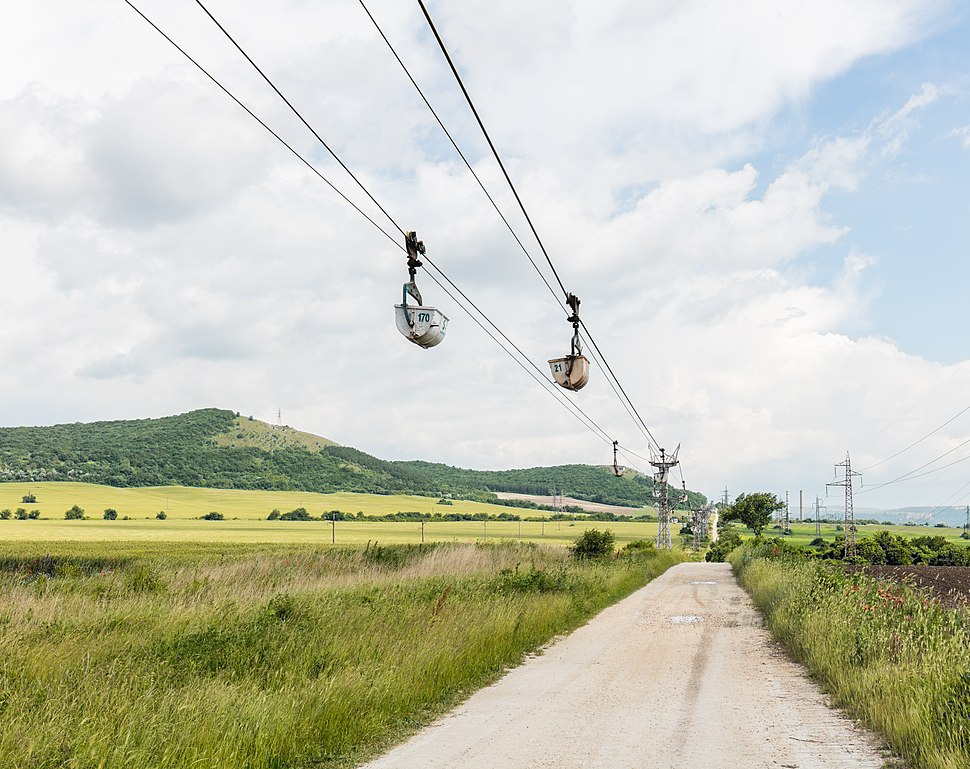 Transporte por cable de minerales, Devnya, Bulgaria, 2016-05-27, DD 65