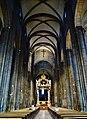 Trento Cattedrale San Vigilio Vescovo Innen Langhaus Ost 1.jpg