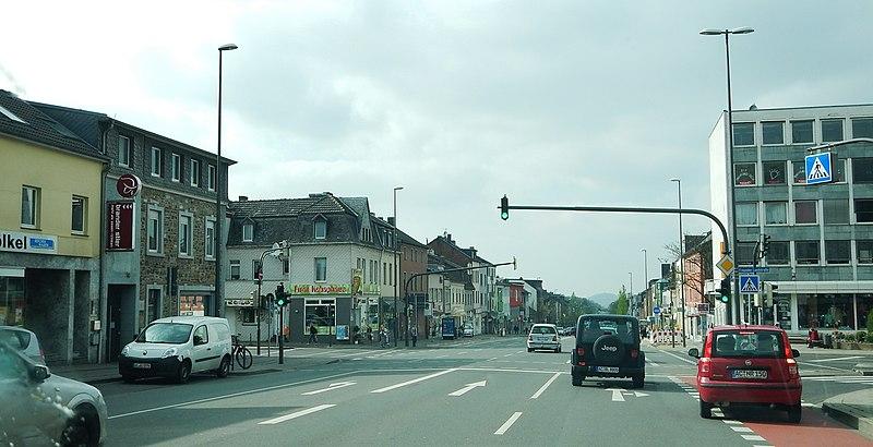 File:Trierer Straße in Aachen-Brand - panoramio.jpg