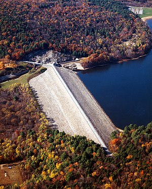 English: Surry Mountain Dam and Lake on the As...
