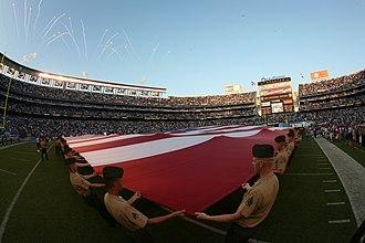 2009 San Diego Chargers season - Image: USMC 090815 M 6796M 003