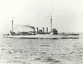 USS McKee (DD-87) underway at sea, circa in 1921 (80-G-651932).jpg