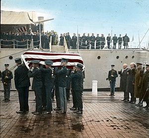 1921 in the United States - Image: Unknown Soldier WW1