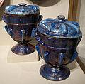 Valencia, coppia di vasi coperti, 1690-1710 ca..JPG