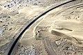 Versandete Bahnstrecke bei Lüderitz Mai 2018.jpg