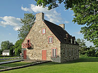 Vieux presbytère de Deschambault 02.jpg