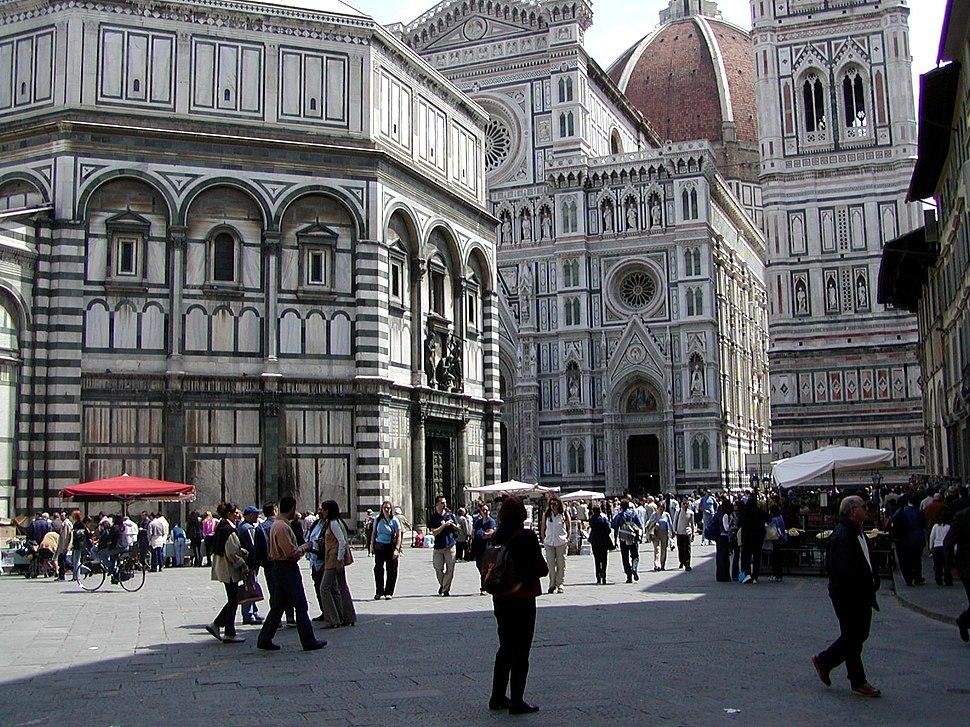 Vor Dom von Florenz
