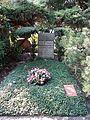 Waldfriedhofdahlelm ehrengrab Sintenis, Renee.jpg