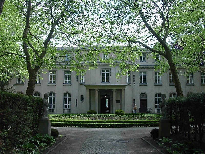 Fájl:Wannsee Conference Villa picture 4589.jpg