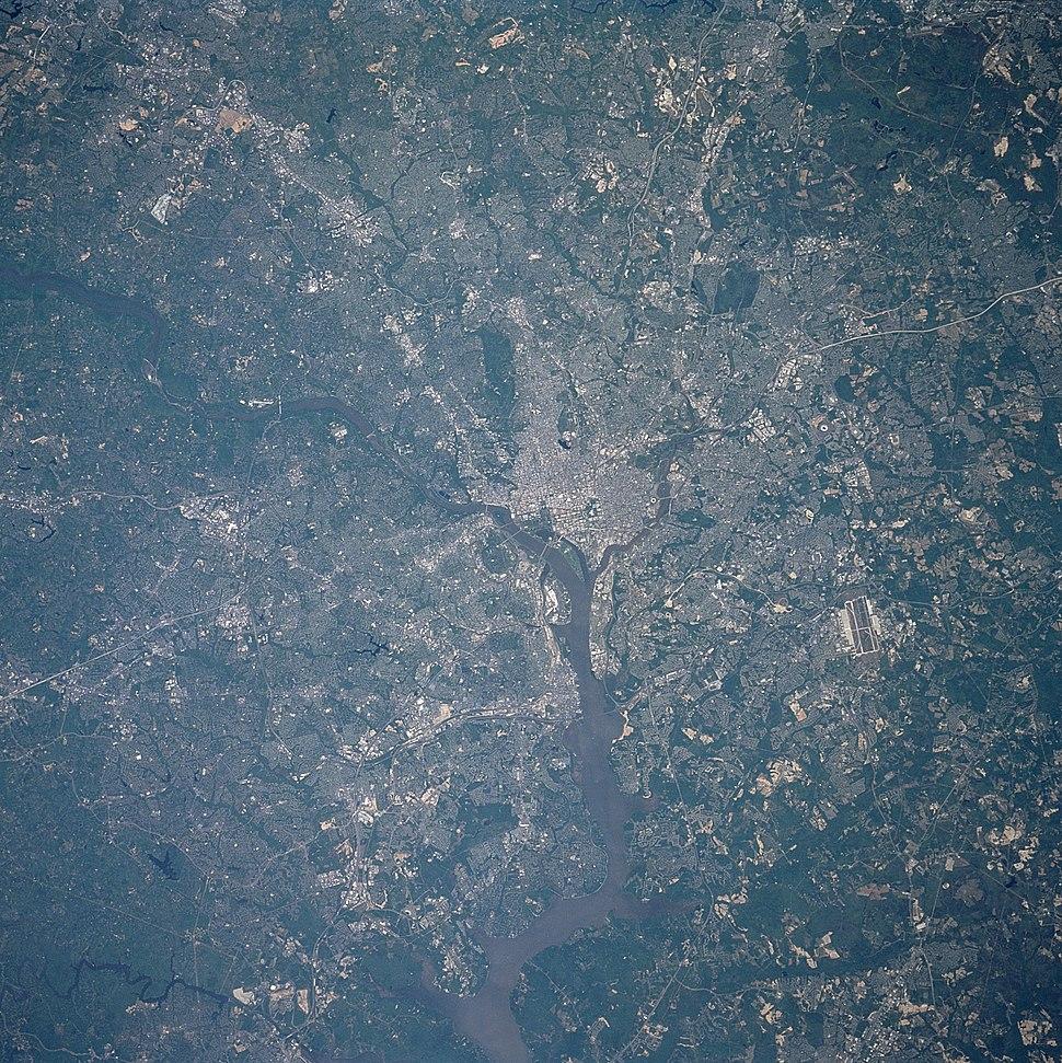 Washington STS090-712-040