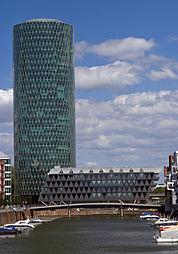 Westhafen Tower 2009 1.jpg