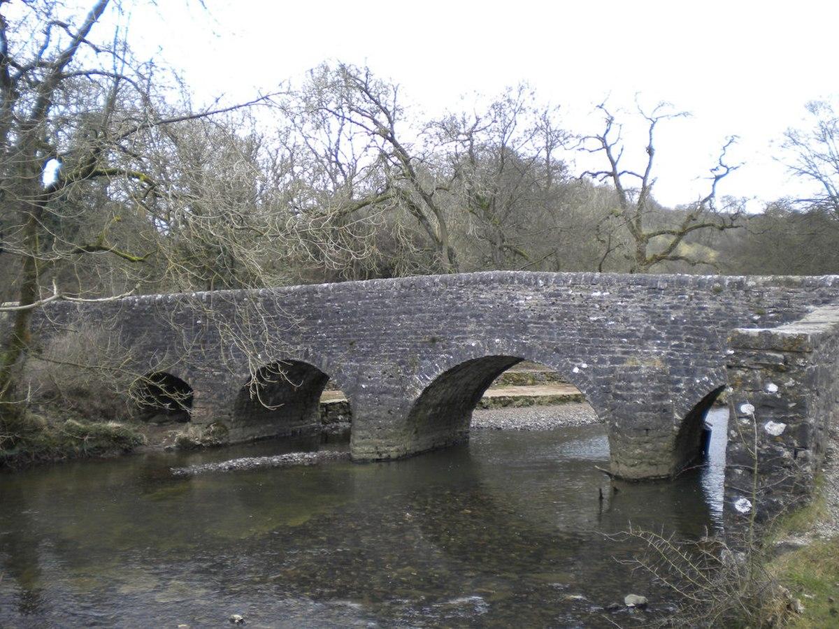 Wetton Bridge, Staffordshire.jpg