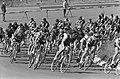 Wielrennen circuit op Zandvoort, de renners in de tarzanbocht, Bestanddeelnr 914-1767.jpg