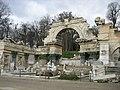 Wien Schloss Schoenbrunn Park Roemische Ruine.jpg
