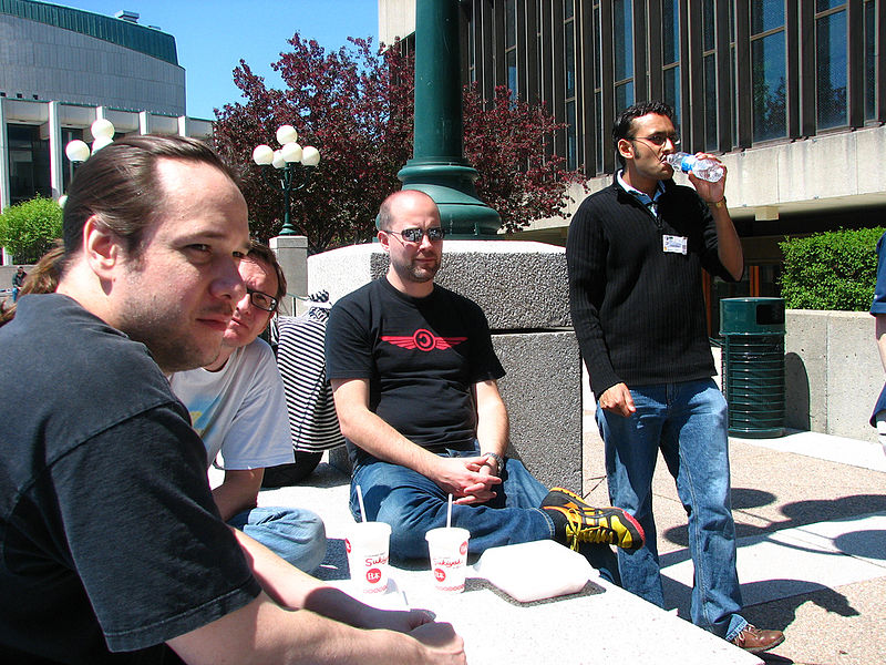 File:Wiki Developers Lunch.jpg