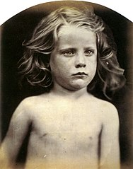 Young Astyanax, by Julia Margaret Cameron.jpg