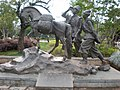 Yuhe Square statue 1.JPG