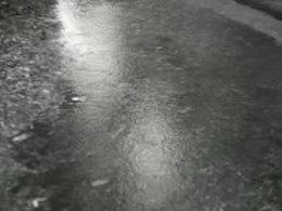 Bestand:Zomer valt weer echt in het water-506808.ogv