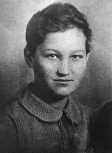 Zoya Anatolyevna Kosmodemyanskaya