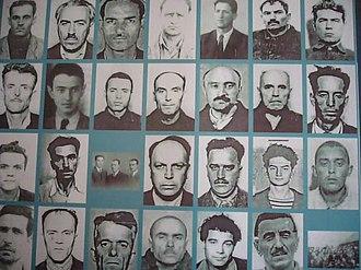 Sighet Prison - Image: Închisoarea Sighet foşti deţinuţi