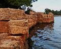 Αχαίο τοίχος της Λάρυμνας.jpg
