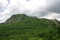 Гора развалка вблизи.jpg