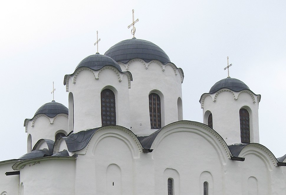 Николо-Дворищенский собор 2 (cropped)