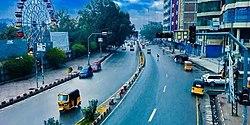 Straat in de stad Jalalabad