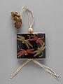 蜻蛉蒔絵印籠-Inrō with Dragonflies MET DP251862.jpg