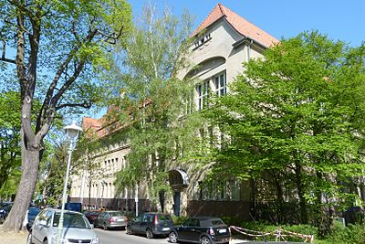 120428-Steglitz-Paulsengymnasium-1.JPG