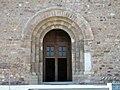 127 Sant Pere de Terrassa, portal, façana sud.JPG