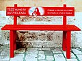 1522 una panchina rossa per ricordare tutte le donne vittime di violenza. No alla violenza sulle donne-02.jpg