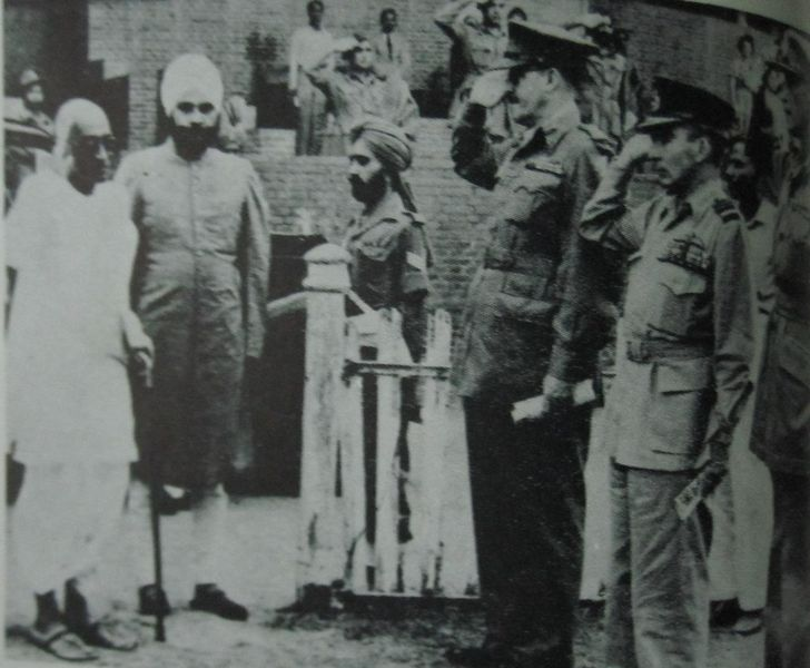 File:1948 CR Baldev Singh Chiefs of Staff.JPG