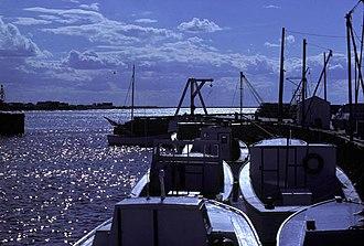 Miramichi Bay - Escuminac Wharf, Miramichi Bay, New Brunswick (IR Walker 1976)