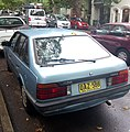 1986 Mazda 626 (GC Series 2) Super Deluxe hatchback (2012-11-28) 02.jpg