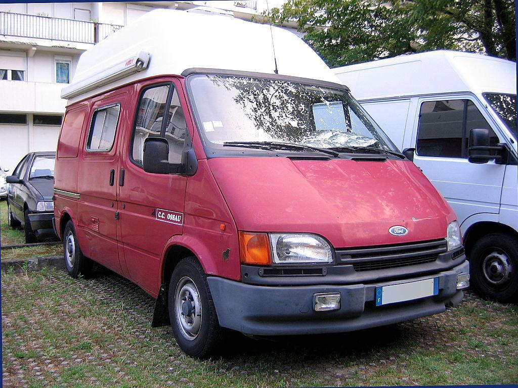 file 1991 1994 ossau ford transit campervan fr jpg wikimedia commons. Black Bedroom Furniture Sets. Home Design Ideas