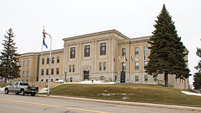 2013-0408-PopeCtyCourthouse.jpg
