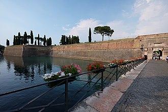 Peschiera del Garda - Image: 37019 Peschiera del Garda, Province of Verona, Italy panoramio (12)