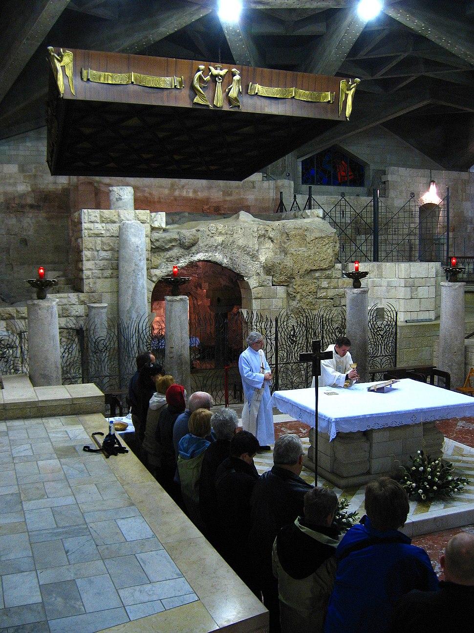 4200-20080119-0624UTC--nazareth-church-of-the-annunciation-grotto