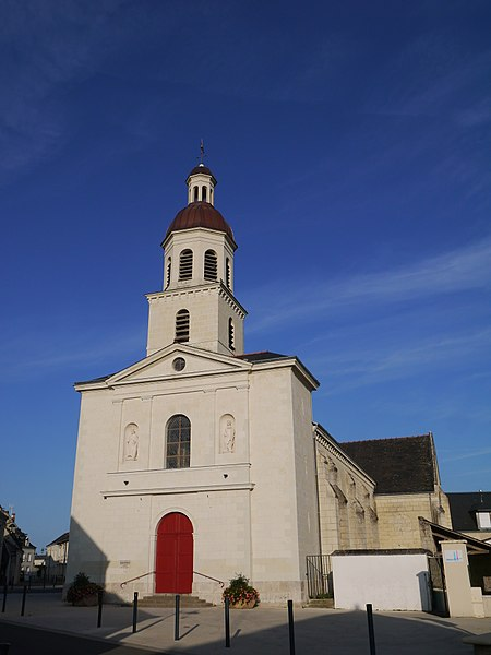 L'église Saint-Doucelin.