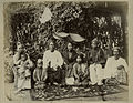 A Burmese family in the 1880s.JPG