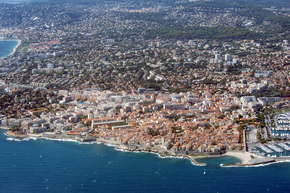 Aerial view of Antibes in 2012 (2)