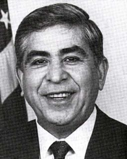 Albert Bustamante American politician
