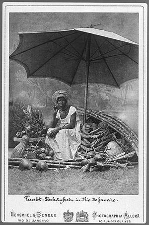 Alberto Henschel - Black saleswoman of fruits. Rio de Janeiro (1870)